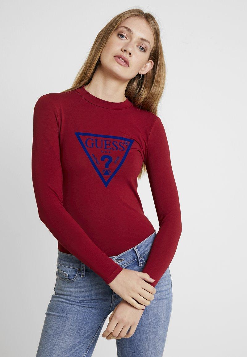 Guess - KUMIKO - Camiseta de manga larga - russian red