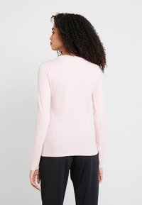 Guess - SUMMER LOGO - T-shirt à manches longues - pink palm tree - 2