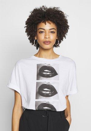 OMBRETTA TEE - T-shirt z nadrukiem - blanc pur