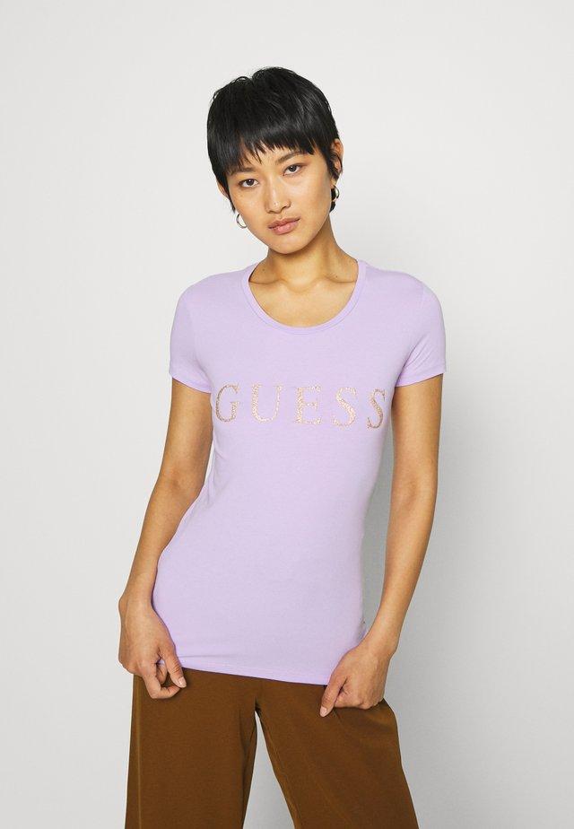 ANGELIKA TEE - T-shirt z nadrukiem - lilac future