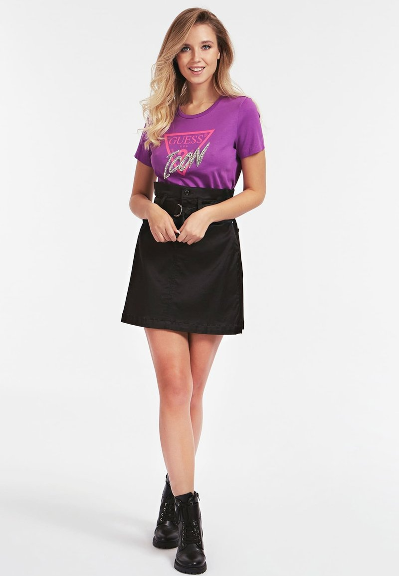 Guess ICON - T-shirt con stampa - paars HL2Bxs vendita online