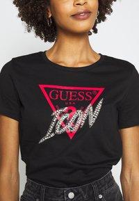 Guess - ICON TEE - Print T-shirt - jet black - 5