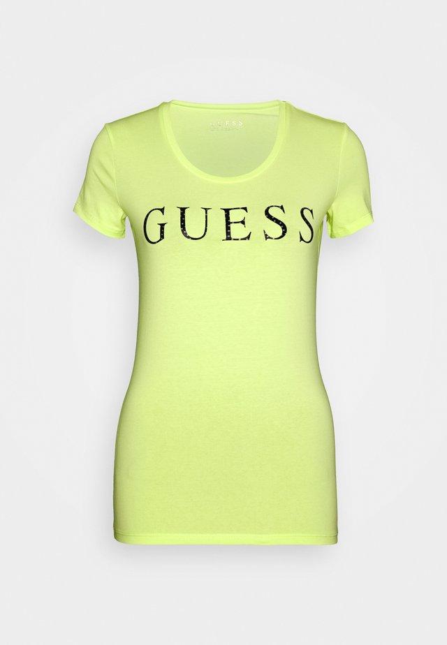 EMMA TEE - Print T-shirt - yellow glow