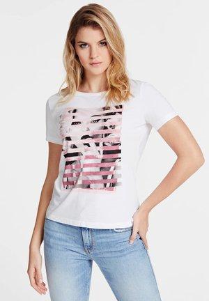 T-SHIRT IMPRIMÉ - T-shirt z nadrukiem - white