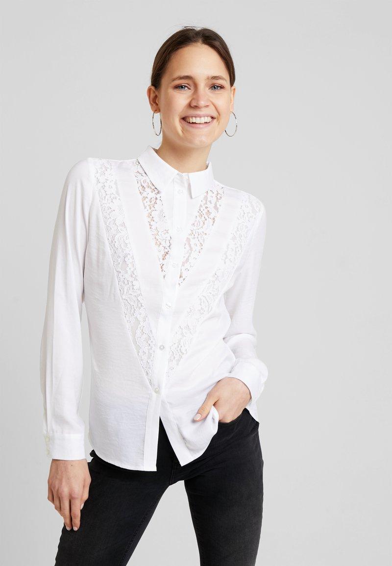 Guess - NIRA - Košile - true white