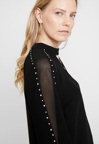 Guess - LS SAVANNA - Blouse - jet black - 3