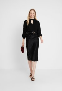 Guess - LS SAVANNA - Blouse - jet black - 1