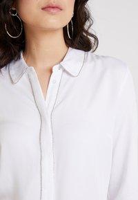 Guess - GLENDA - Camicia - true white - 5