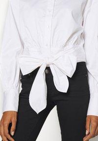 Guess - LUCINA - Koszula - true white - 5