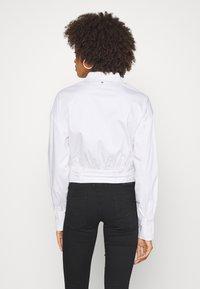 Guess - LUCINA - Koszula - true white - 2