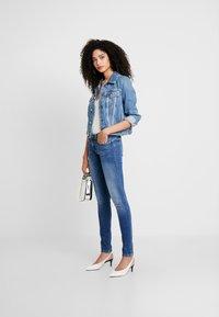 Guess - DELYA TRUCKER - Denim jacket - biscayne blue - 1