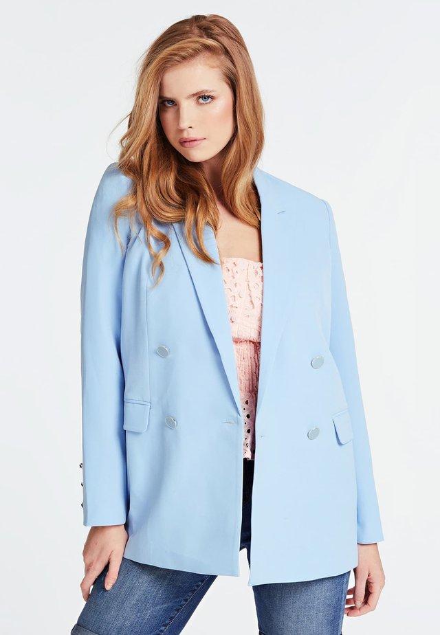 Krótki płaszcz - azzurro