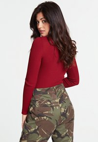Guess - Jumper - red - 2