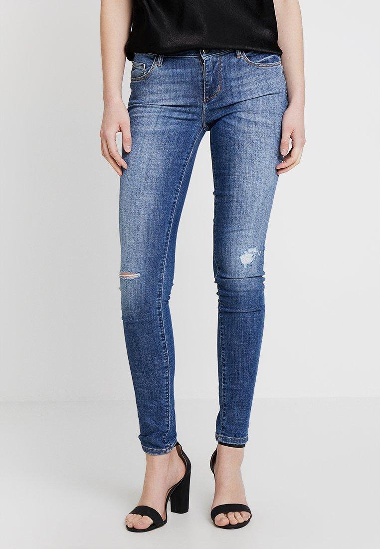 Guess - ANNETTE - Jeans Skinny Fit - destroyed denim