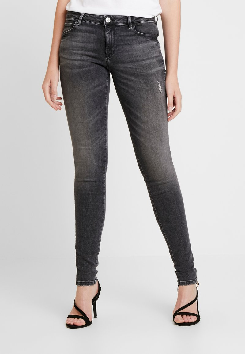 Guess - CURVE - Jeans Skinny Fit - clouds