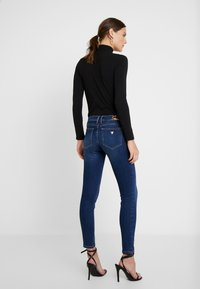 Guess - MARILYN - Jeans Skinny Fit - soft blue - 2