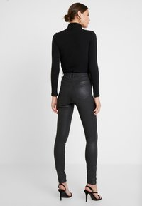 Guess - Trousers - black - 3