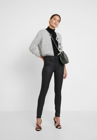 Guess - Trousers - black - 2