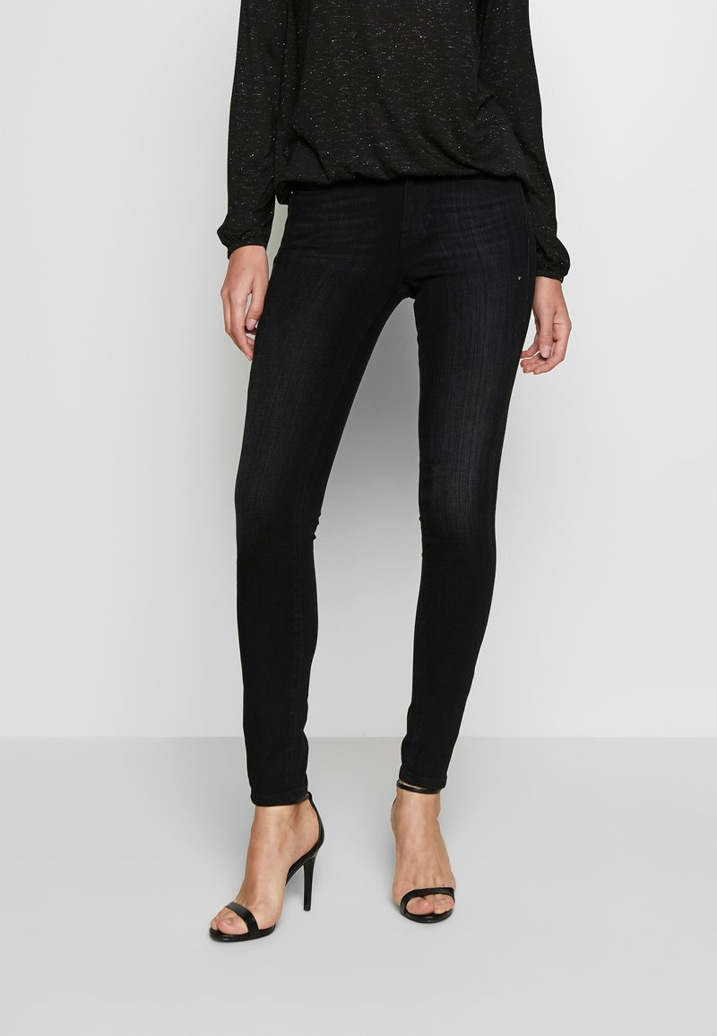 Guess - MID - Jeans Skinny Fit - brave