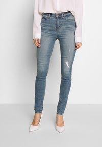 Guess - Jeans Skinny Fit - surfside destroy - 0