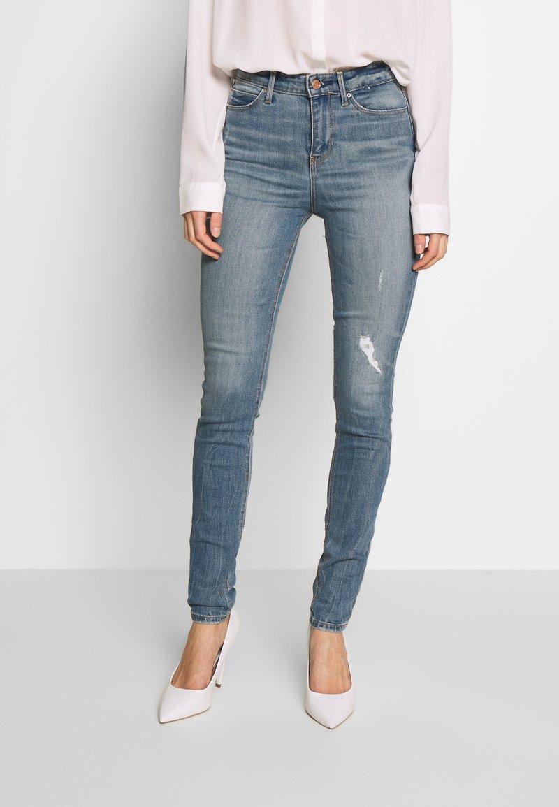 Guess - Jeans Skinny Fit - surfside destroy