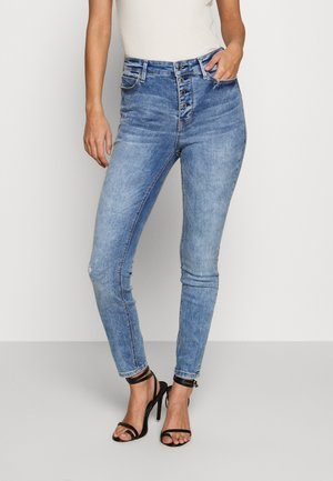 EXPOSED BUTTON - Jeansy Skinny Fit - bayshore