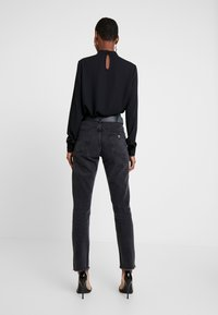 Guess - THE GIRL HIGH - Jeans a sigaretta - meridian black - 2