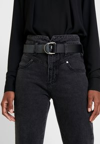 Guess - THE GIRL HIGH - Jeans a sigaretta - meridian black - 3