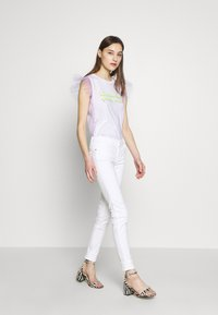 Guess - ULTRA CURVE - Jeans Skinny Fit - paper moon - 1
