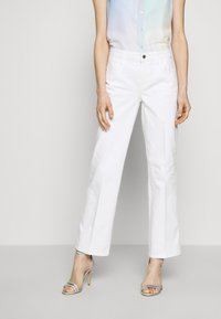 Guess - SEXY ANKLE - Jeans a sigaretta - jungle white - 0