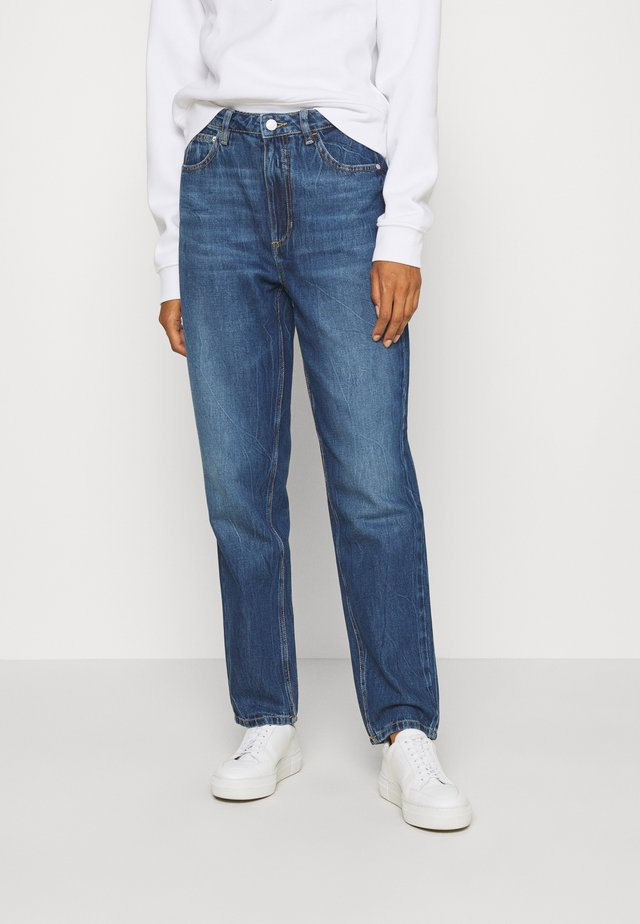 MOM - Jeansy Relaxed Fit - pacha