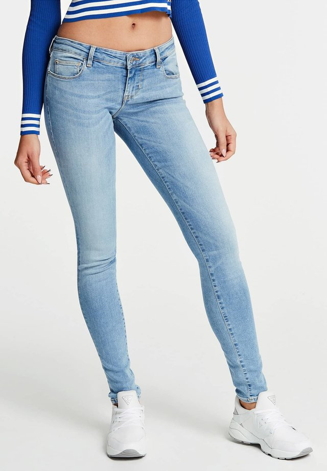 GUESS JEANS SKINNY FIT - Jeansy Skinny Fit - blau