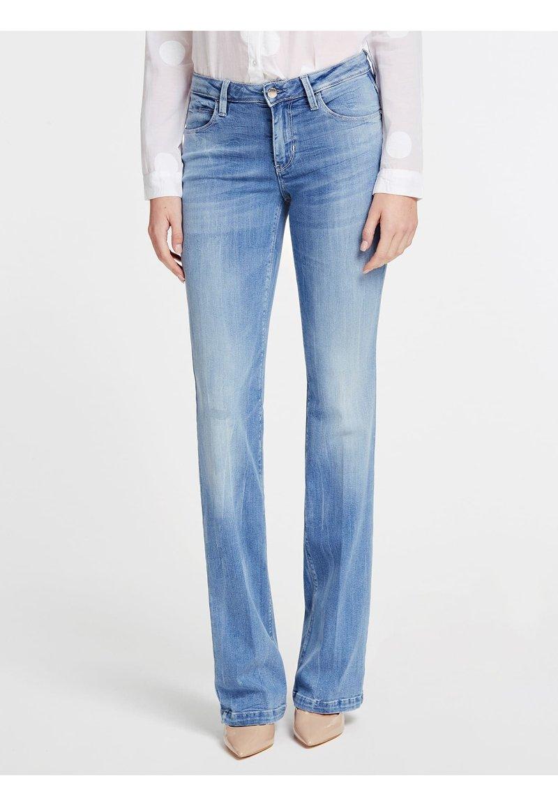 Guess - Bootcut jeans - bleu ciel