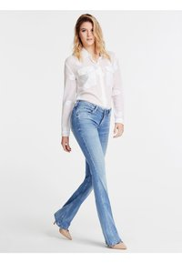 Guess - Bootcut jeans - bleu ciel - 1