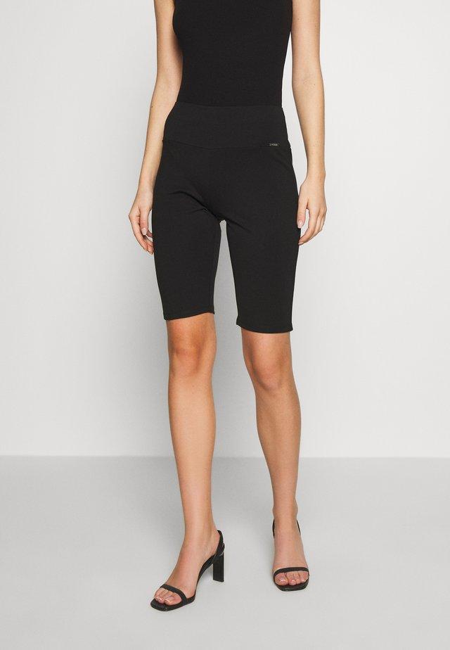 OMBRA PEDAL SHORTS - Shorts - jet black