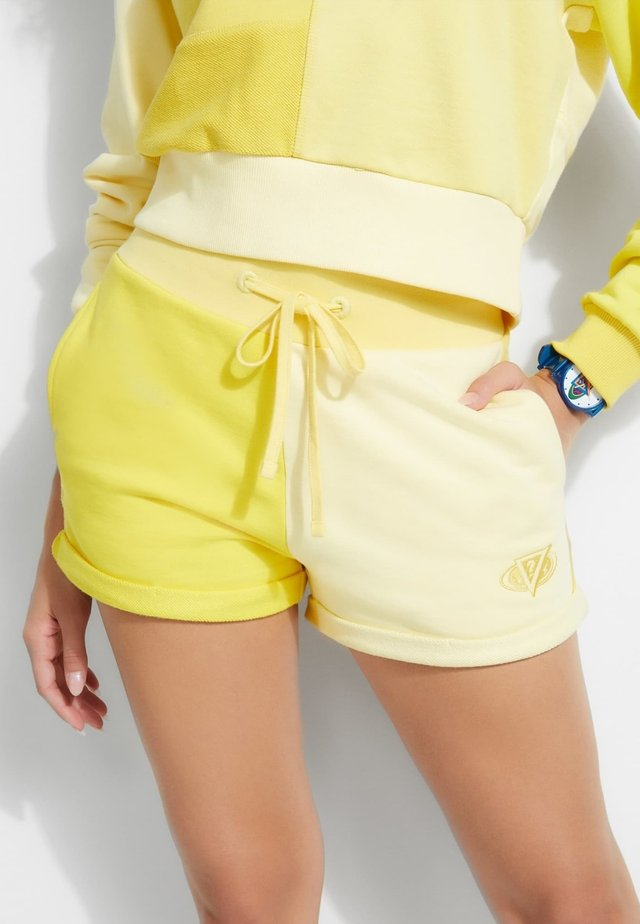 Shorts - geel multi