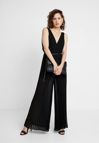 Guess - PATTY OVERALL - Jumpsuit - jet black - 1