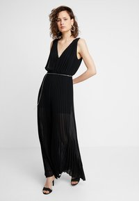 Guess - PATTY OVERALL - Jumpsuit - jet black - 0
