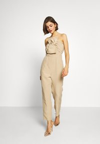 Guess - EVELINA OVERALL - Combinaison - beige - 0