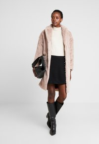 Guess - SHELLY COAT - Winter coat - rich sand - 1