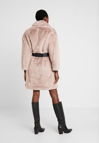 Guess - SHELLY COAT - Winter coat - rich sand - 2