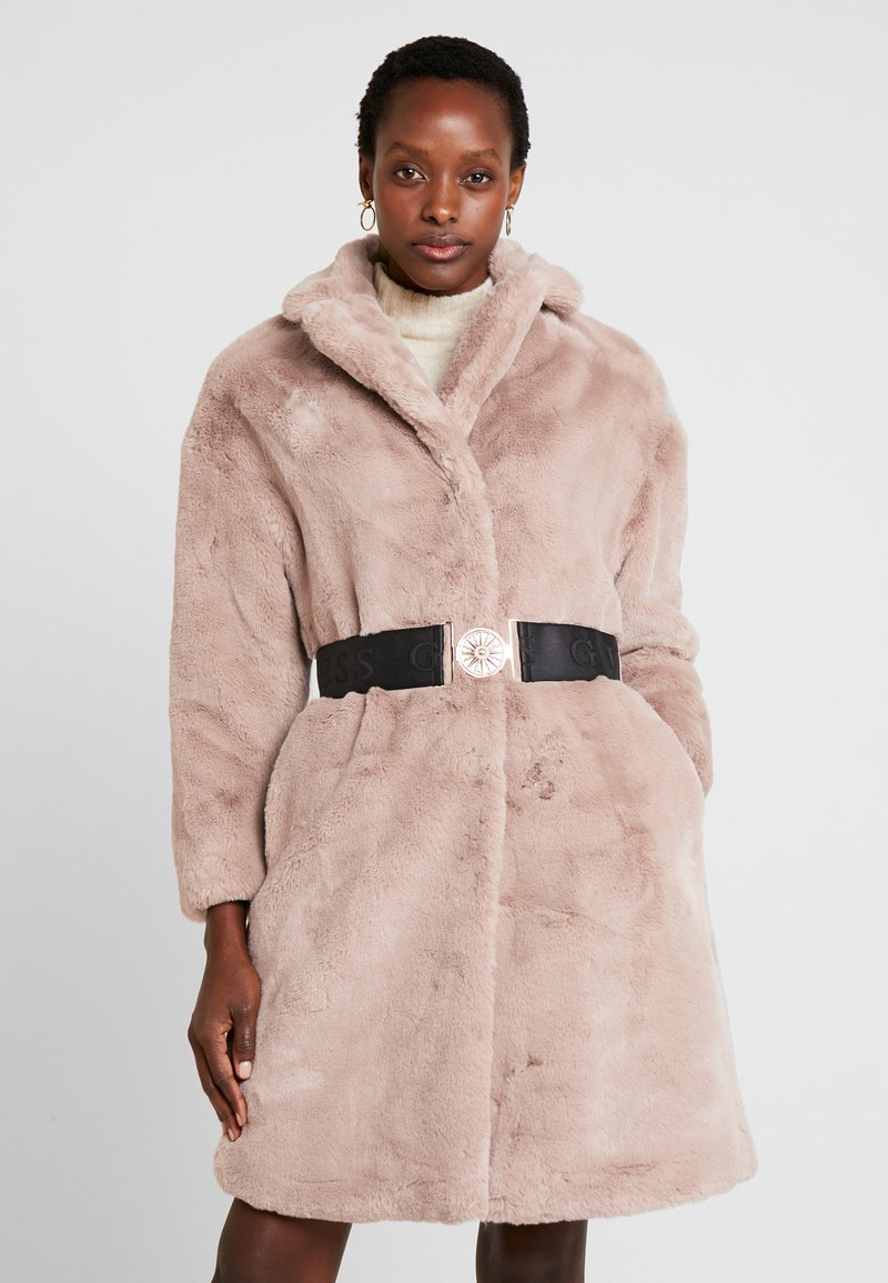Guess - SHELLY COAT - Winter coat - rich sand