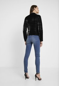 Guess - VONA JACKET - Jas - jet black - 2