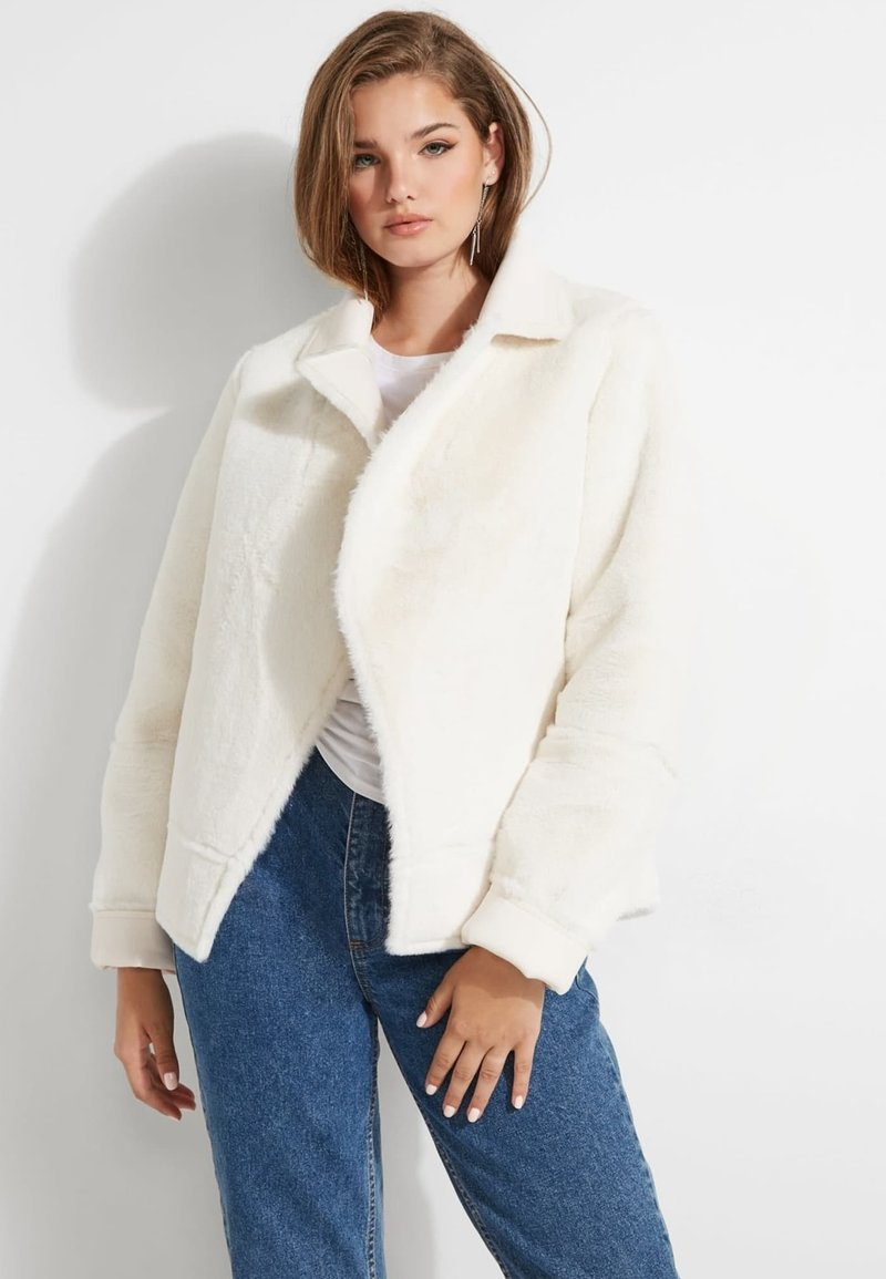 Guess - KUNSTFELL - Giacca invernale - creme