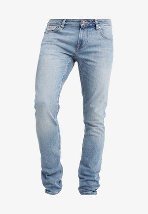 MIAMI - Slim fit jeans - valve