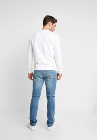 Guess - MIAMI - Jeansy Skinny Fit - surfside