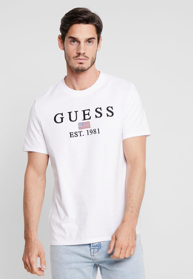 Guess - BELONG - Print T-shirt - true white