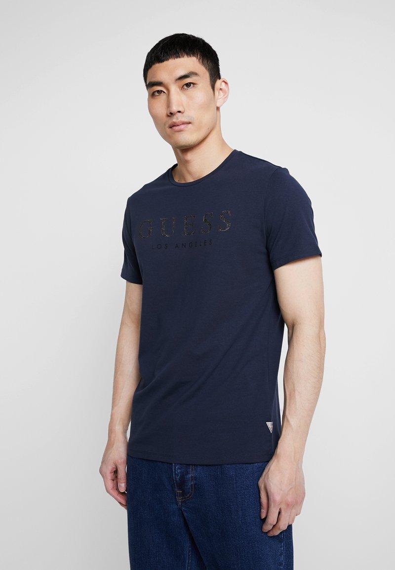 Guess - LOS ANGELES - Print T-shirt - blue navy