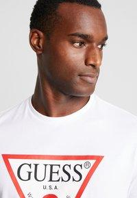 Guess - ORIGINAL LOGO CORE TEE - Camiseta de manga larga - white - 3