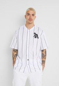Guess - BASKET SHIRT - Overhemd - white/black - 0